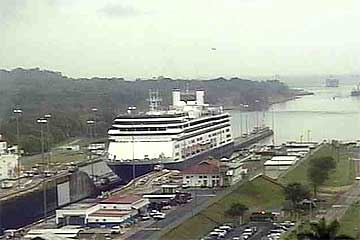 The MS-Amsterdam entering the Gatun Locks