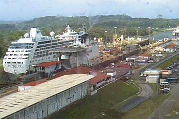 Pacific Princess Panama Canal - Heavy traffic at the Gatun Locks